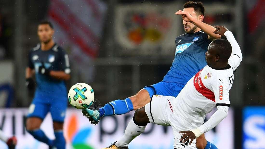 Die TSG 1899 Hoffenheim gewinnt am 16. Spieltag (13.12.2017) in der Wirsol Rhein-Neckar-Arena in Sinsheim mit 1:0 gegen den VfB Stuttgart. (C) Uwe Anspach/dpa - Bildfunk