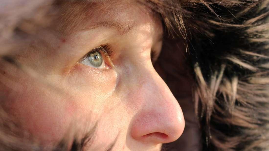 Trockene Haut kann ernsthafte Krankheiten als Ursache haben.