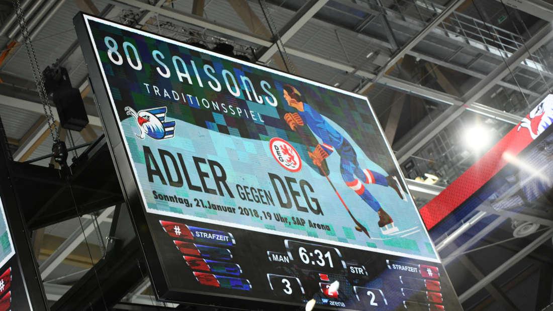 Die Adler Mannheim gewinnen ihr Heimspiel in der SAP Arena gegen die Straubing Tigers mit 7:3.
