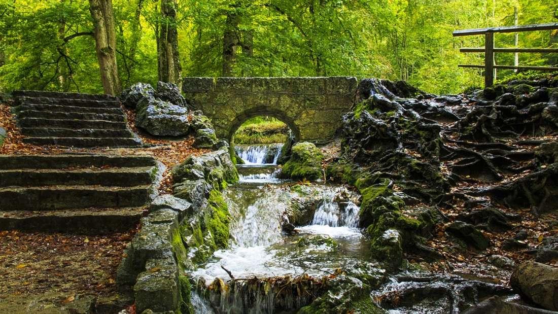 Wasserfallsteig: Knapp zwölf Kilometer führt der Wasserfallsteig durch den Südschwarzwald. Ein Spektakel ist dabei vor allem der Todtnauer Wasserfall, der 97 Meter in die Tiefe stürzt.