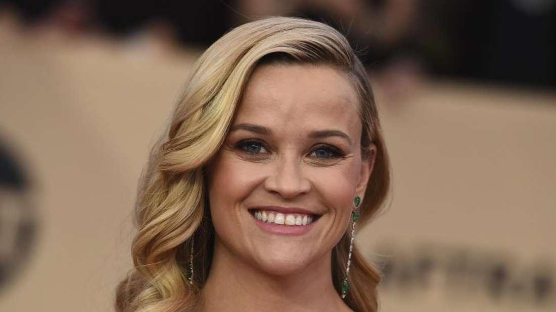 Reese Witherspoon nimmt es mit Humor. Foto: Jordan Strauss/Invision