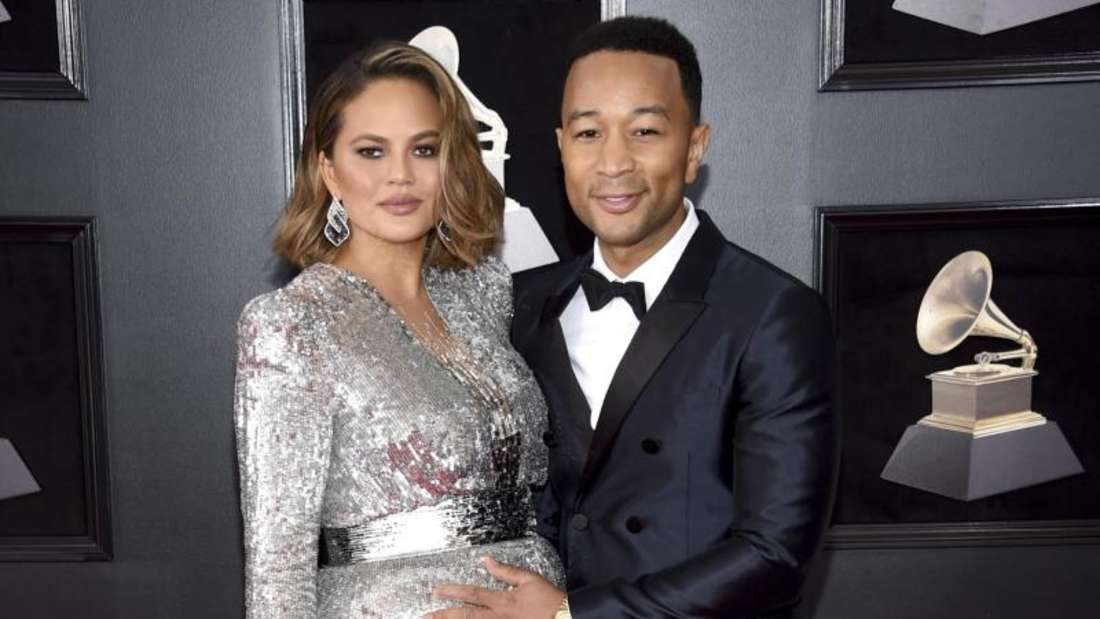 Chrissy Teigen und John Legend bei der Grammy-Verleihung im New Yorker Madison Square Garden. Foto: Evan Agostini/Invision
