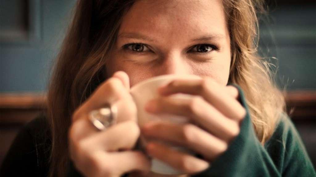 Kann Man Zu Viel Tee Trinken