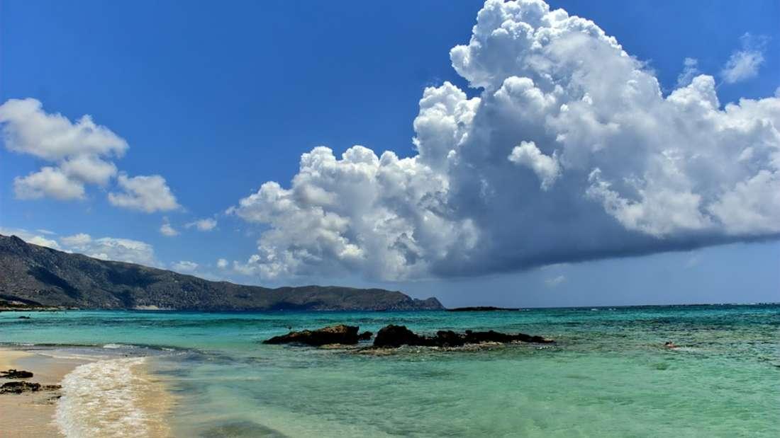 Elafonisos: Was früher einmal als Geheimtipp galt, zählt heute bei vielen Urlaubern zu den schönsten Inseln Europas.