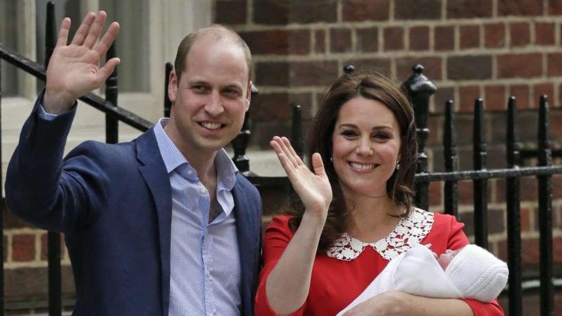 Der Junge von Prinz William und Herzogin Kate hat einen Namen:Er heißt Louis Arthur Charles. Foto:Tim Ireland/AP