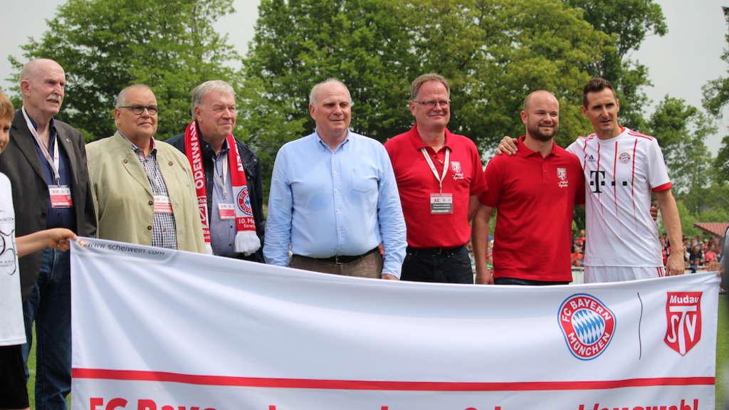 Benefizspiel Fc Bayern Legenden Gegen Odenwaldauswahl Region