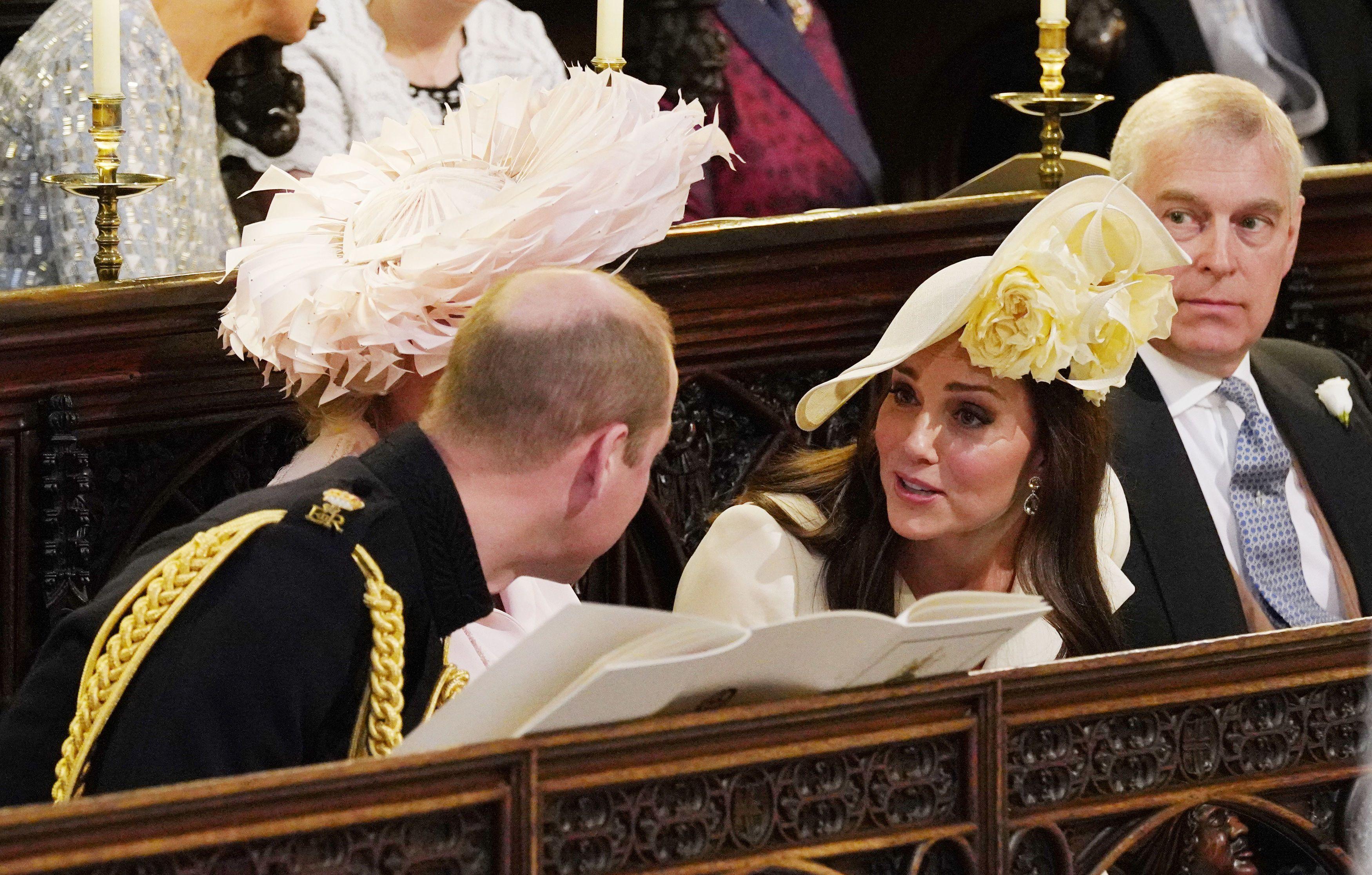 Ziemlich Brautjunferkleider In Champagnerfarbe Ideen - Hochzeit ...
