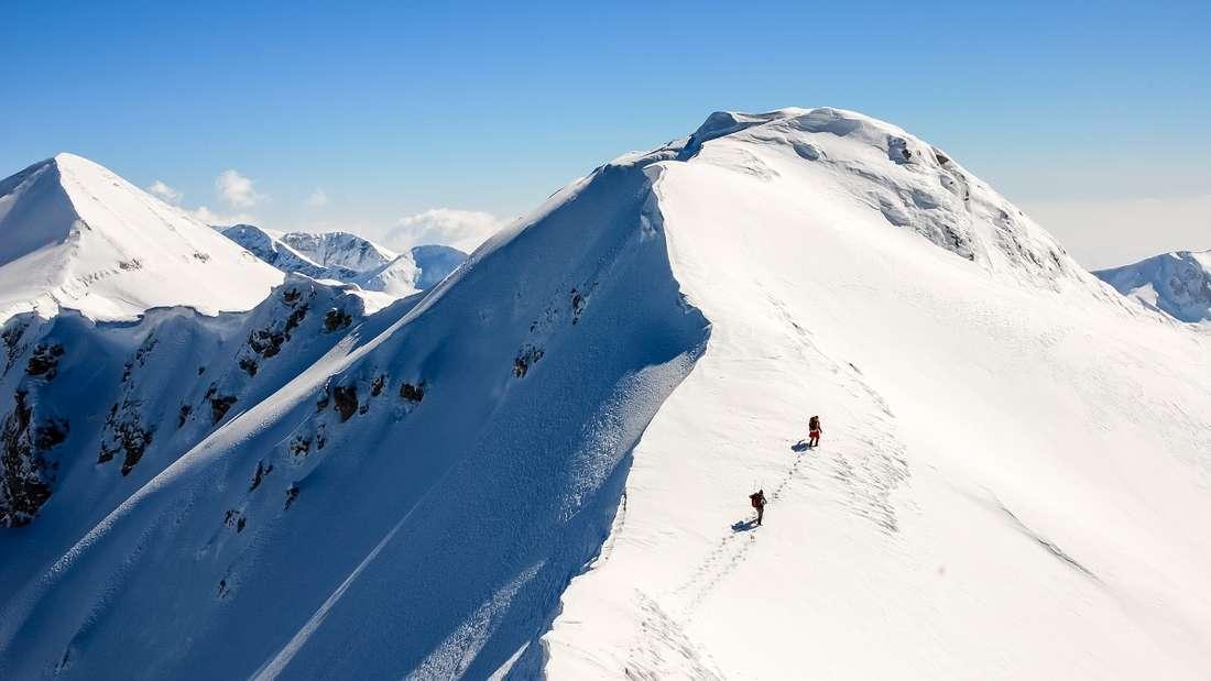 Schneeschuhwanderungen in Bulgarien.