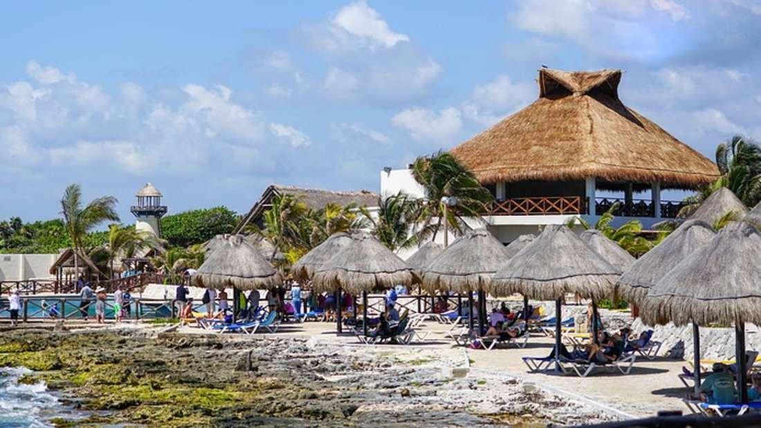 Sandstrände, Palmen, türkisblaues Wasser: Wer vom Paradies spricht, meint meist die Karibik.