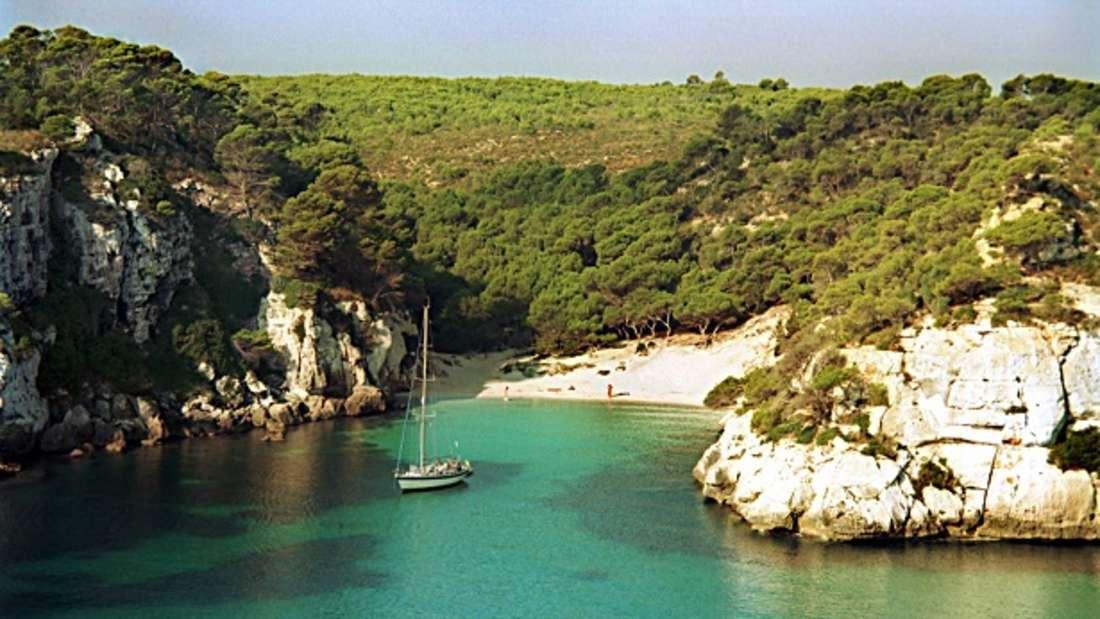 3. Cala Macarelleta, Menorca, Spanien
