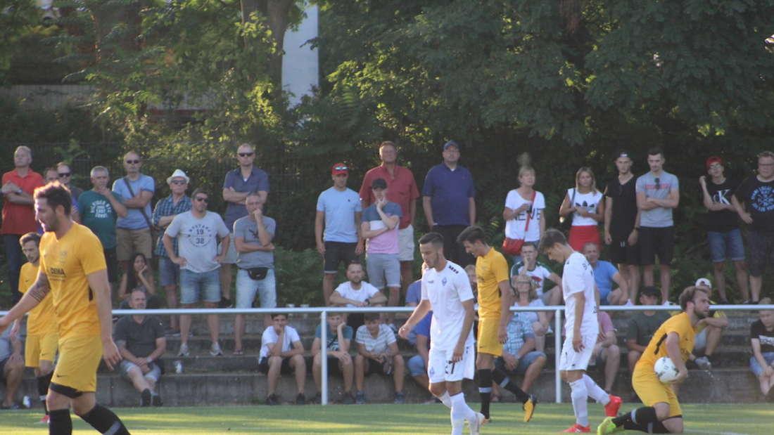 Der SV Waldhof Mannheim gewinnt gegen den VfB Gartenstadt.