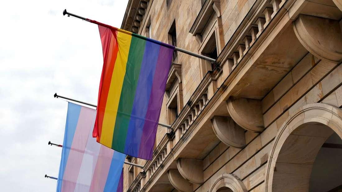 Regenbogen-Flagge Rathaus Mannheim © Stadt Mannheim