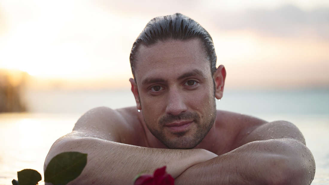 """Daniel Völz war für RTL """"Der Bachelor"""", jetzt zieht er für SAT.1 bei """"Promi Big Brother"""" 2018 ein."""