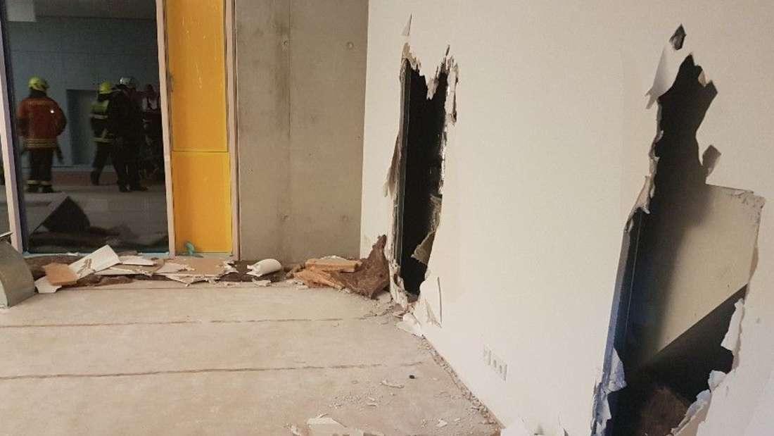 Um den jungen Mann zu retten, müssen sogar Wände eingerissen werden.