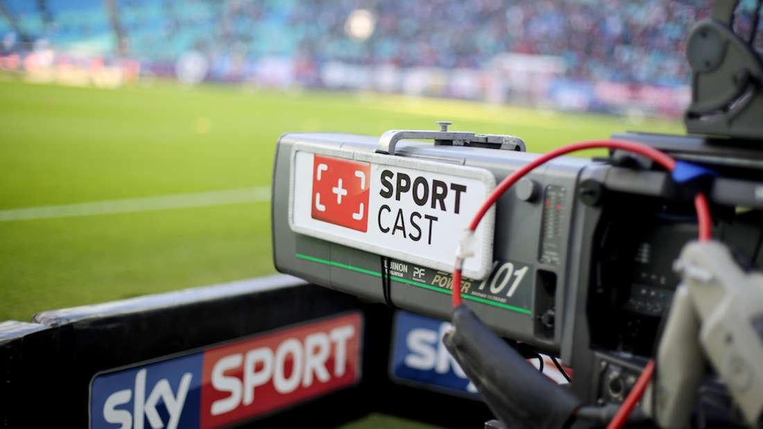 Sky wird in der kommenden Saison nicht mehr alle Bundesliga- und Champions-League-Spiele übertragen.