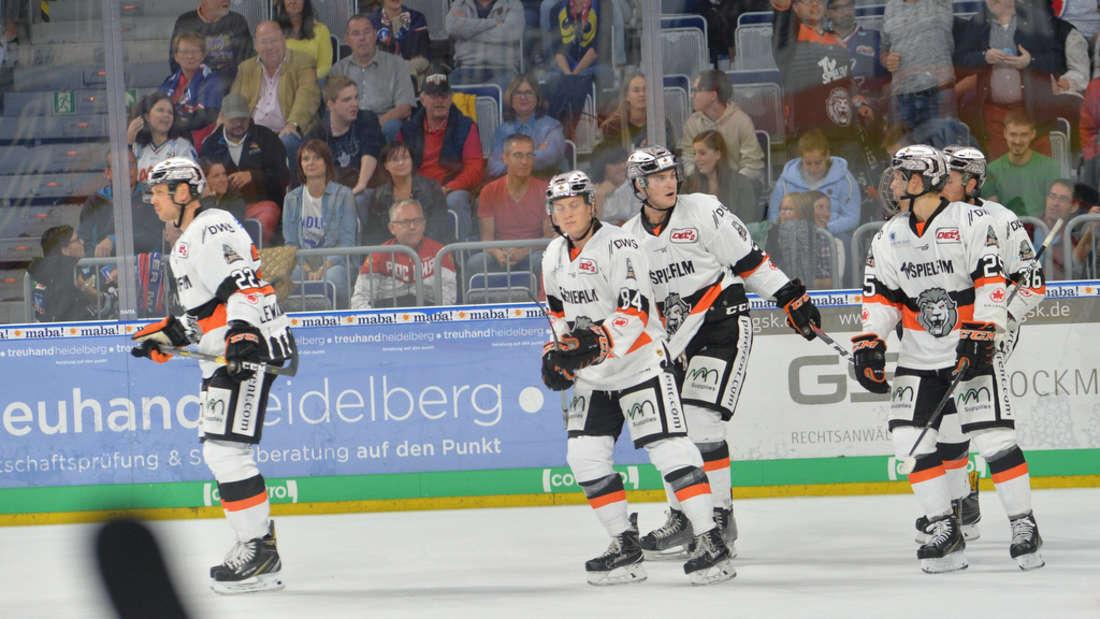 Derby in der SAP Arena: Adler Mannheim gegen Löwen Frankfurt.