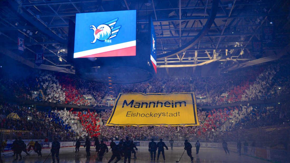 DEL - 1. Spieltag: Adler Mannheim – Düsseldorfer EG in der SAP Arena Mannheim