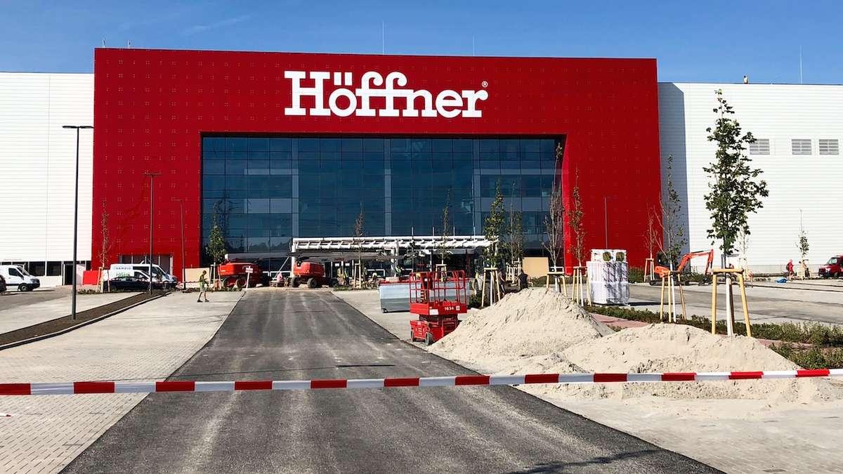 Ansprechend Höffner öffnungszeiten Neuss Foto Von September 2018 Erö Das Rundum Erneuerte Mö