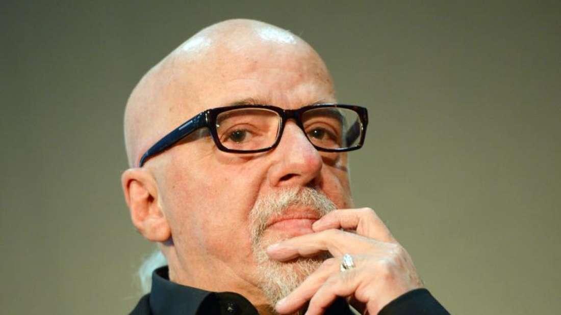 Der brasilianische Schriftsteller Paulo Coelho hält sich in sozialen Medien heute mehr zurück als früher. Foto: Arne Dedert