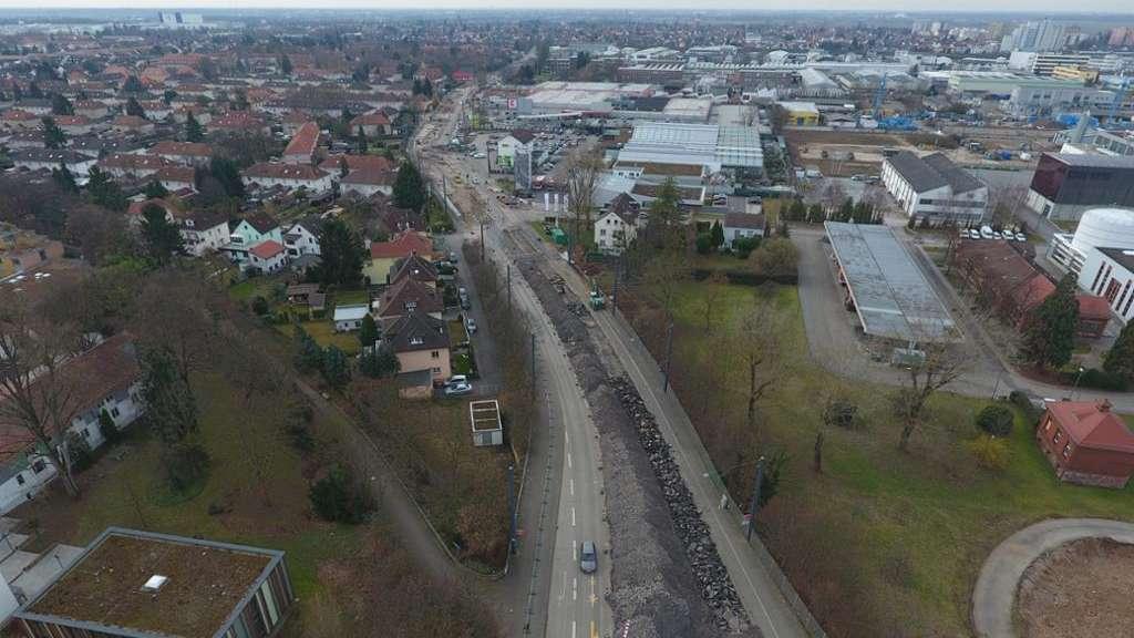 Heidelberg Bahnstadt Xxxlutz Mann Mobilia Neben Bauhaus Wie Weit