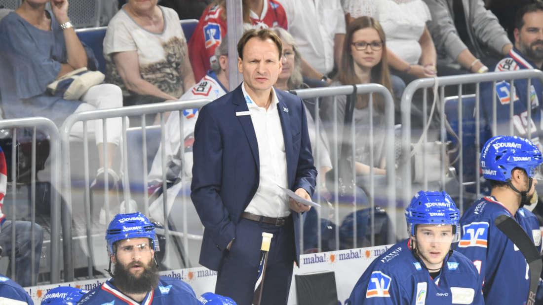 Adler-Headcoach Pavel Gross nimmt die Partie gegen die Kölner Haie keinesfalls auf die leichte Schulter. (Archivfoto)