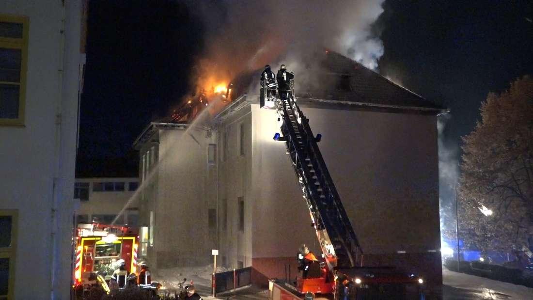Grundschule in Erbach steht in Flammen.