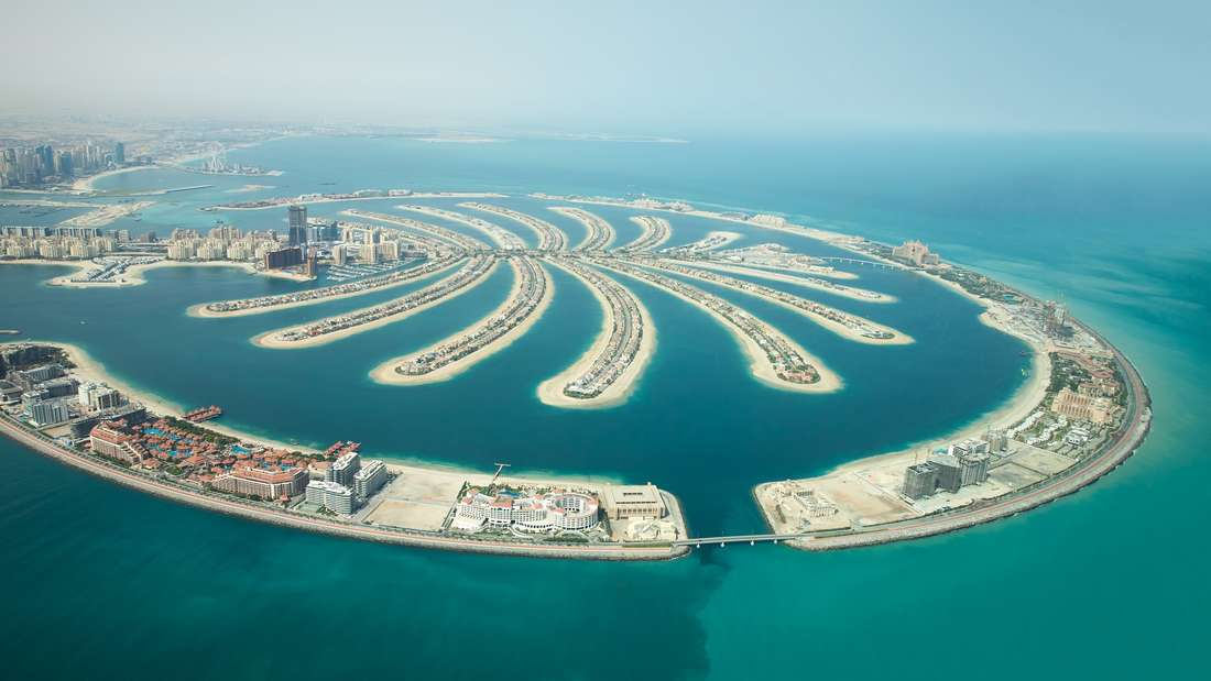 Im Februar mit dem Kreuzfahrtschiff durch den Orient und die Emirate.