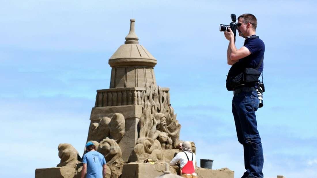 Eine Weltreise unternehmen, Fotos davon machen und dafür 90.000 Euro verdienen? Warum eigentlich nicht? (Symbolbild)