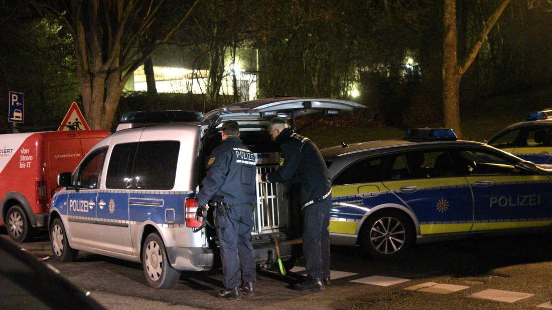 Nach Schüssen in Wohnung: Großeinsatz der Polizei am späten Dienstagabend im Heidelberger Stadtteil Emmertsgrund.