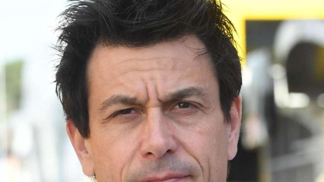 Vermisst Michael Schumacher: Mercedes-Motorsportchef Toto Wolff. Foto: Uli