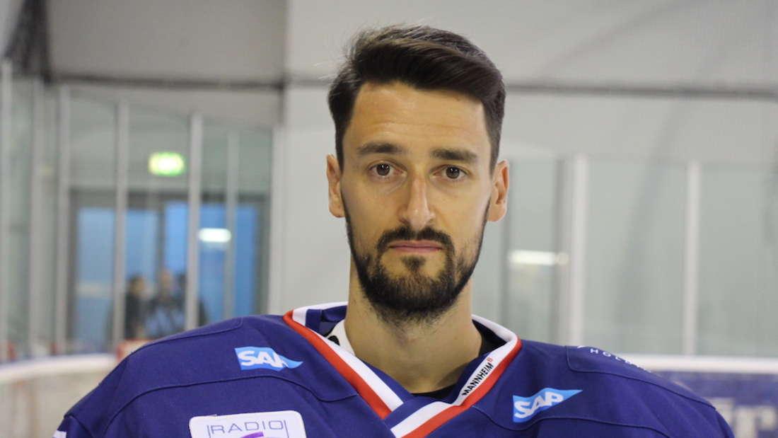 Adler-Keeper Dennis Endras fällt mehrere Wochen aus.