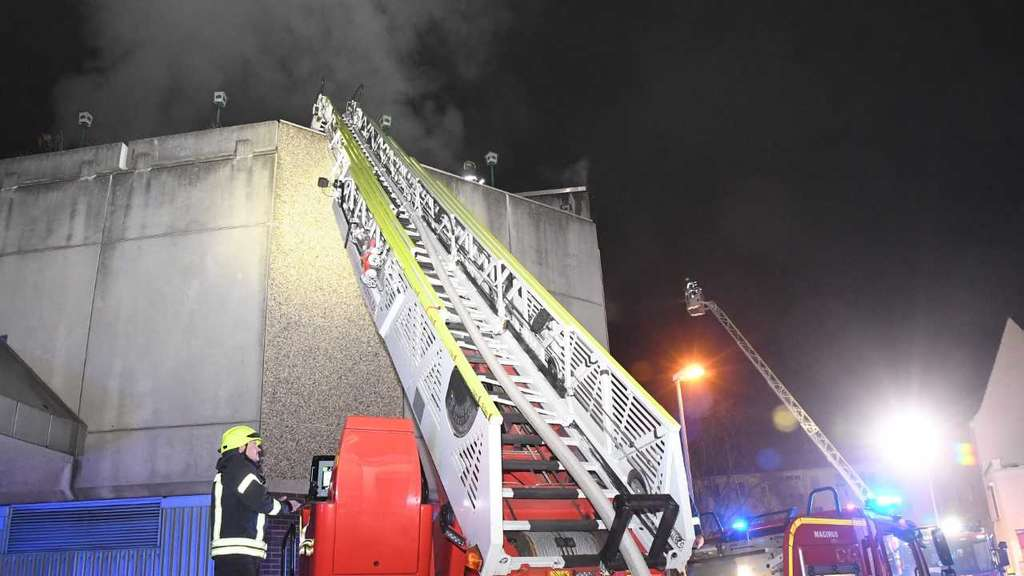 Brand im Wormser Nibelungencenter