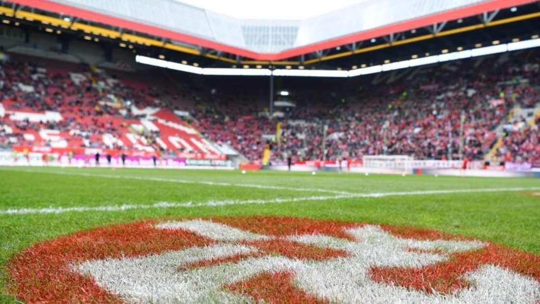 Unruhig durch die 3. Liga: Traditionsclub 1. FC Kaiserslautern.