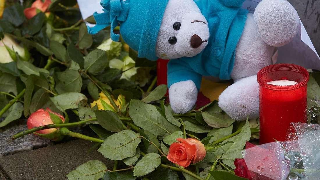 Hat eine Mutter ihr Kind fahrlässig getötet? (Symbolfoto)