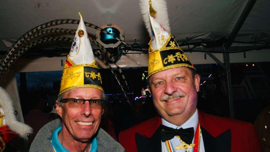 Faschings-Freunde feiern den schmutzigen Donnerstag in Mannheim