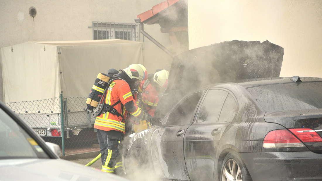 BMW geht in Flammen auf