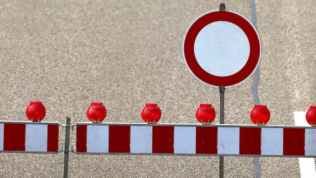 Weil ein Gerüst abgebaut werden muss, wird die A6 an zwei Wochenenden teilweise gesperrt. (Symbolfoto)