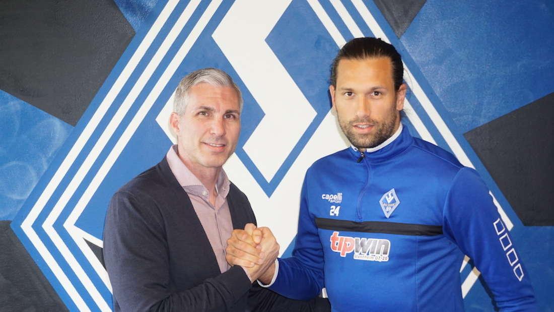Miro Varvodic (r.) bleibt auch weiterhin beim SV Waldhof Mannheim.