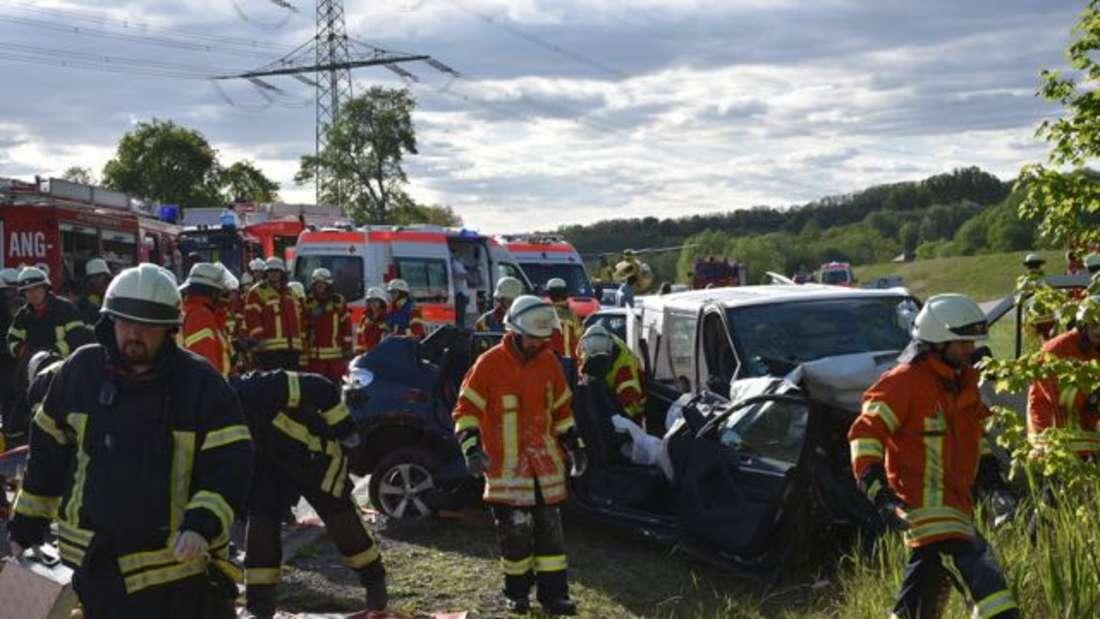 Fotos vom Crash mit mehreren Verletzten bei Mühlhausen/Angelbachtal