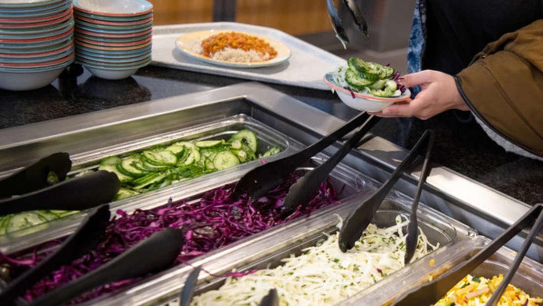 Veganer essen keine tierischen Produkte: Eine Krebspatientin aus Großbritannien wollte mit einer Ernährungsumstellung ihren Brustkrebs bekämpfen.