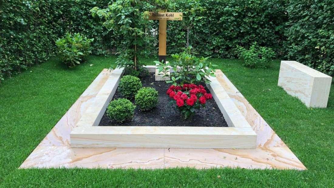 Kurz vor Helmut Kohls zweitem Todestag am 16. Juni 2019 ist sein Grab umgestaltet.