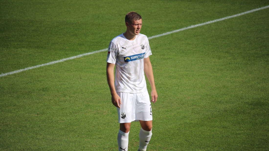 Aleksandr Zhirov verlängert seinen Vertrag beim SV Sandhausen.