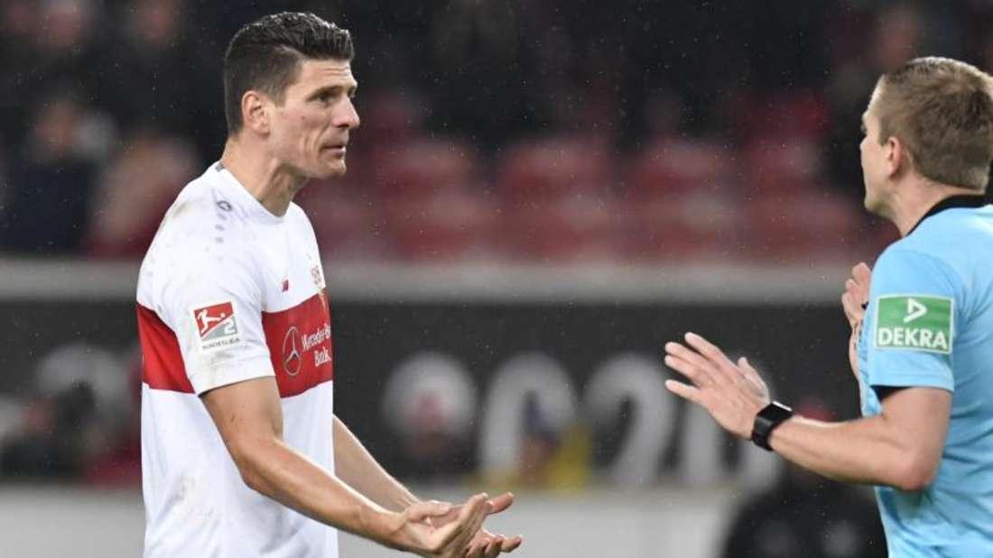 Mario Gomez traf wieder für den VfB Stuttgart. Foto: Thomas Kienzle/dpa