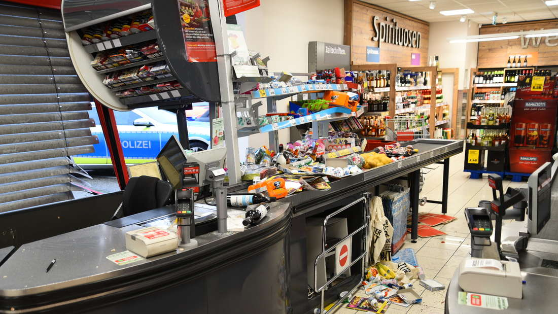 Spur der Verwüstung in einem Penny-Markt in Nußloch.