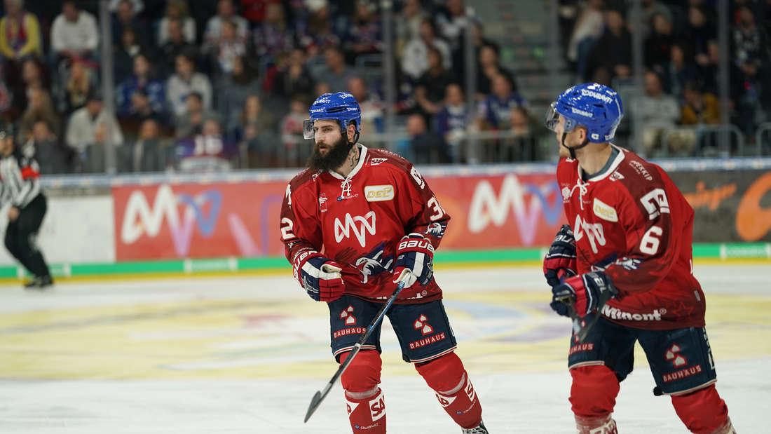 Spiel der leuchtenden Herzen 2019: Adler Mannheim - Straubing Tigers