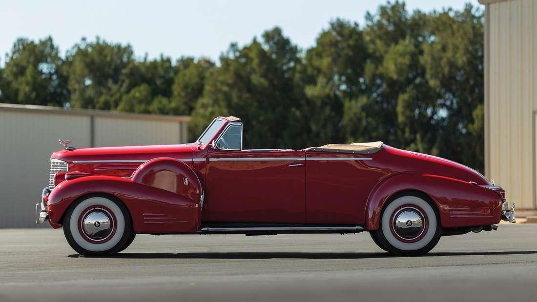 Umgerechnet 200.000 bis 250.000 Euro soll der späte Sechszehnzylinder auf der Auktion erzielen.