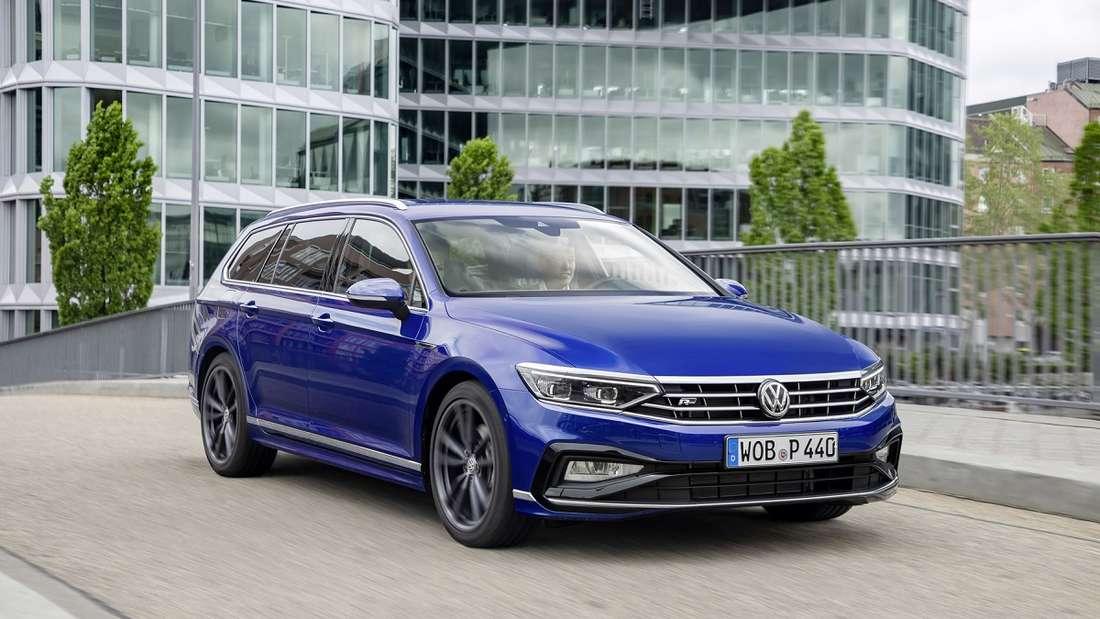 Äußerlich bleibt sich der neue VW Passat Variant treu.