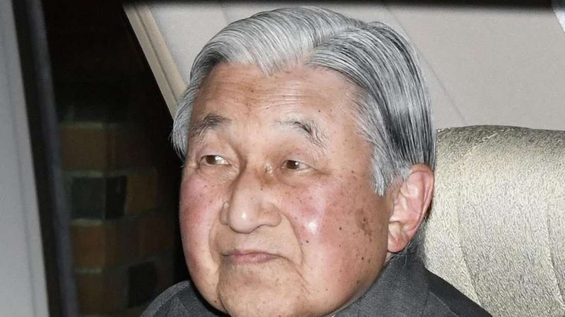 Japans abgedankter Kaiser gibt seinem Volk Grund zur Sorge. Foto: -/kyodo/dpa