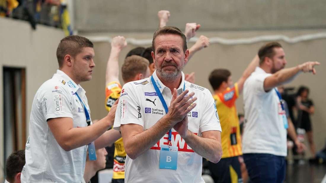 Löwen-Trainer Martin Schwalb feiert ein gelungenes Debüt.