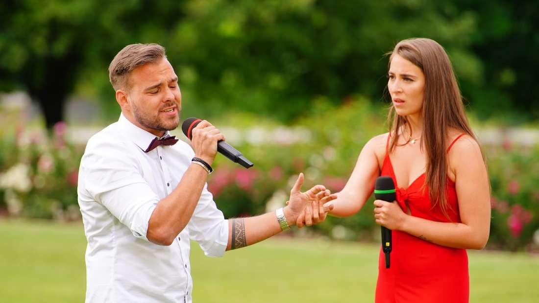 DSDS: Kevin Jenewein und Isabell Heck singen ein gemeinsames Duett.